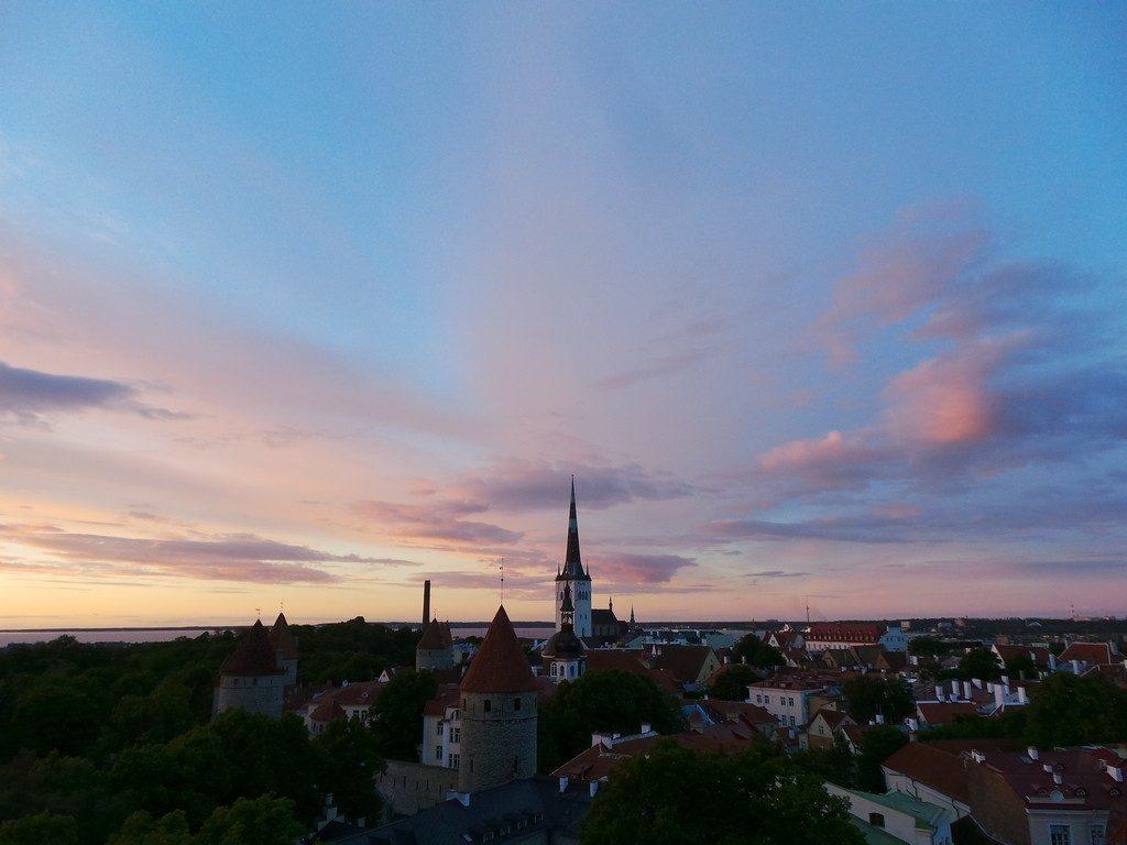 Tallinn sokaklarında zaman yolculuğu 8
